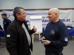 Savid, charlando con Horcio Carlucho en un alto del curso.